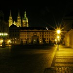 Prague Castle: The Ist courtyard and the Hradcanske Square