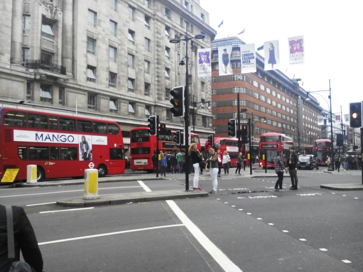 Zácpa autobusů v Londýně