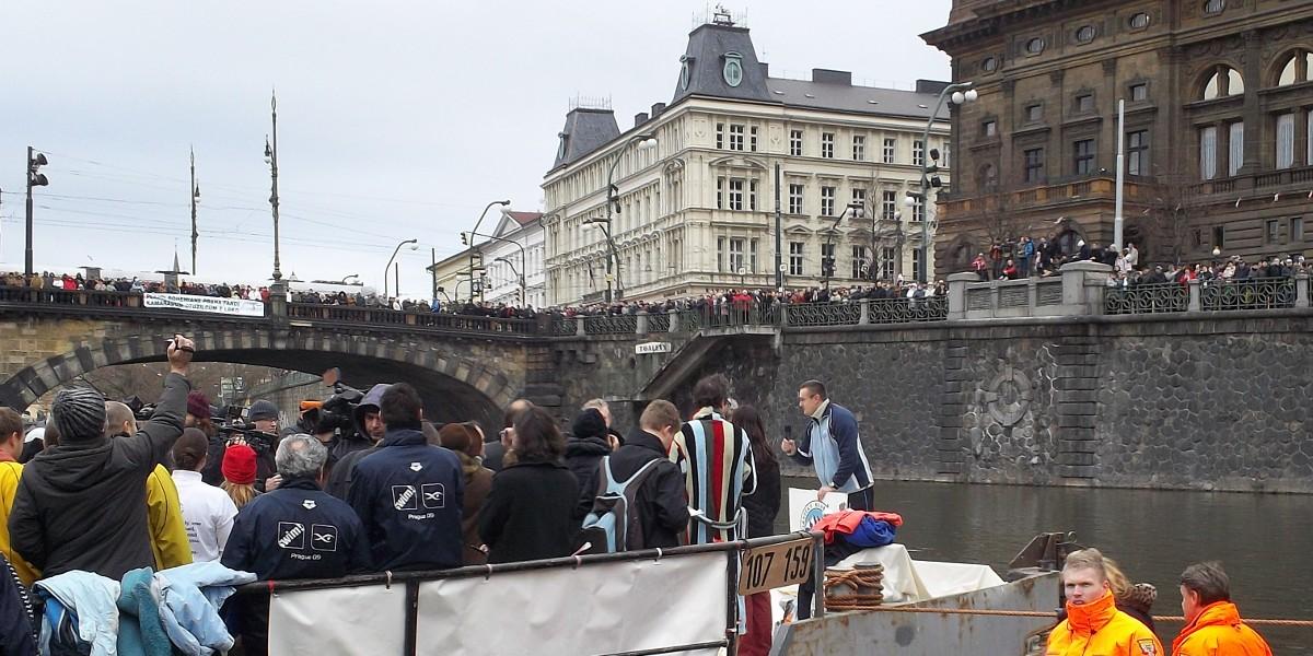 Otužilci - Zahájení Memoriálu Alfreda Nikodéma, Praha 26.12.2011